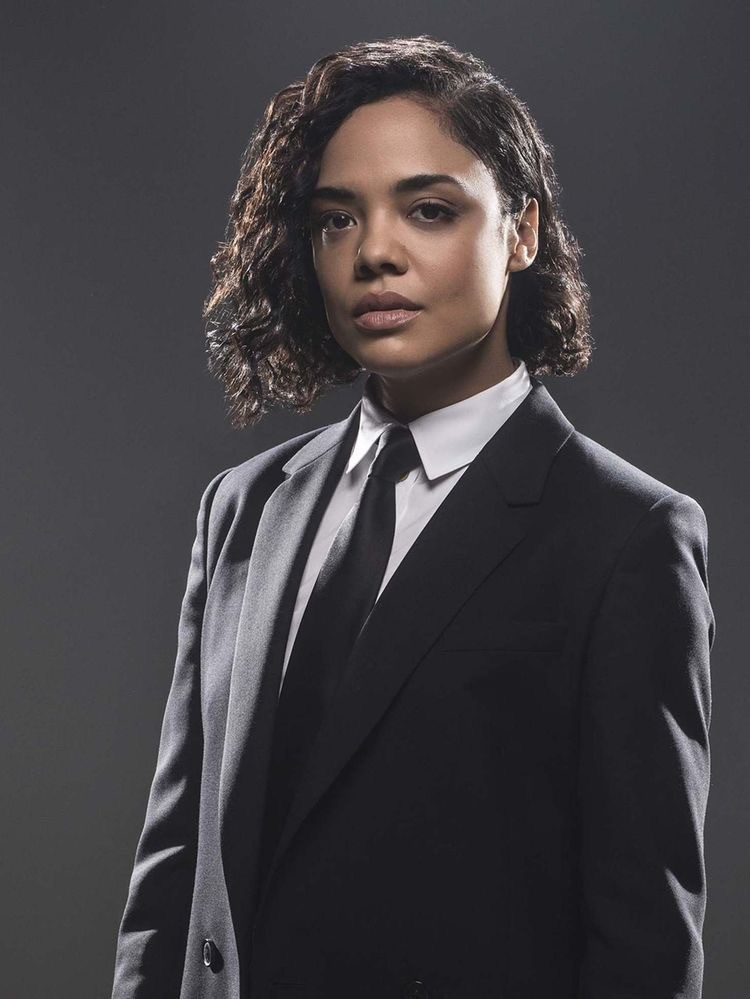 Tessa Thompson as Agent M in Men in Black -Bob Black curly hair or wig-Halloween looks for 2019