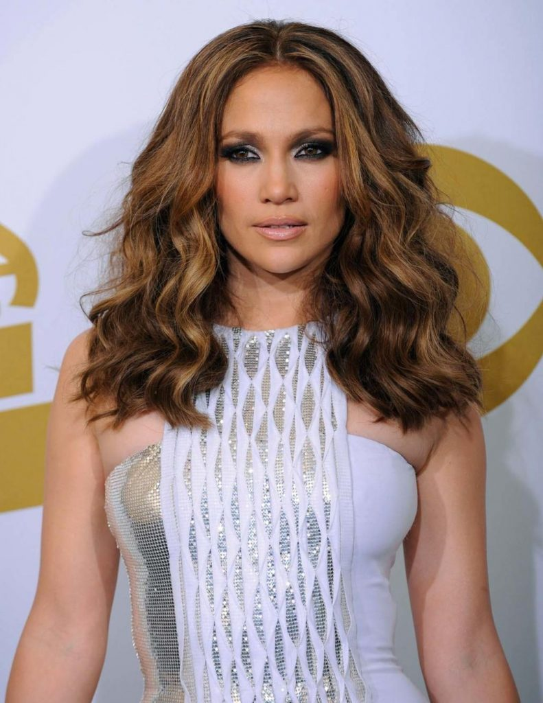 Jennifer Lopez and The Super Bowl Waves 10
